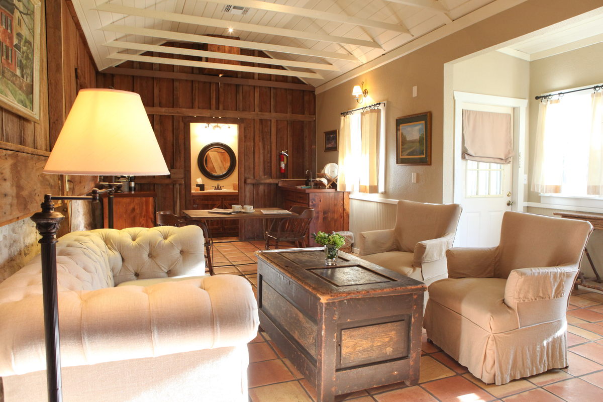 Bluebonnet Living Room.jpg