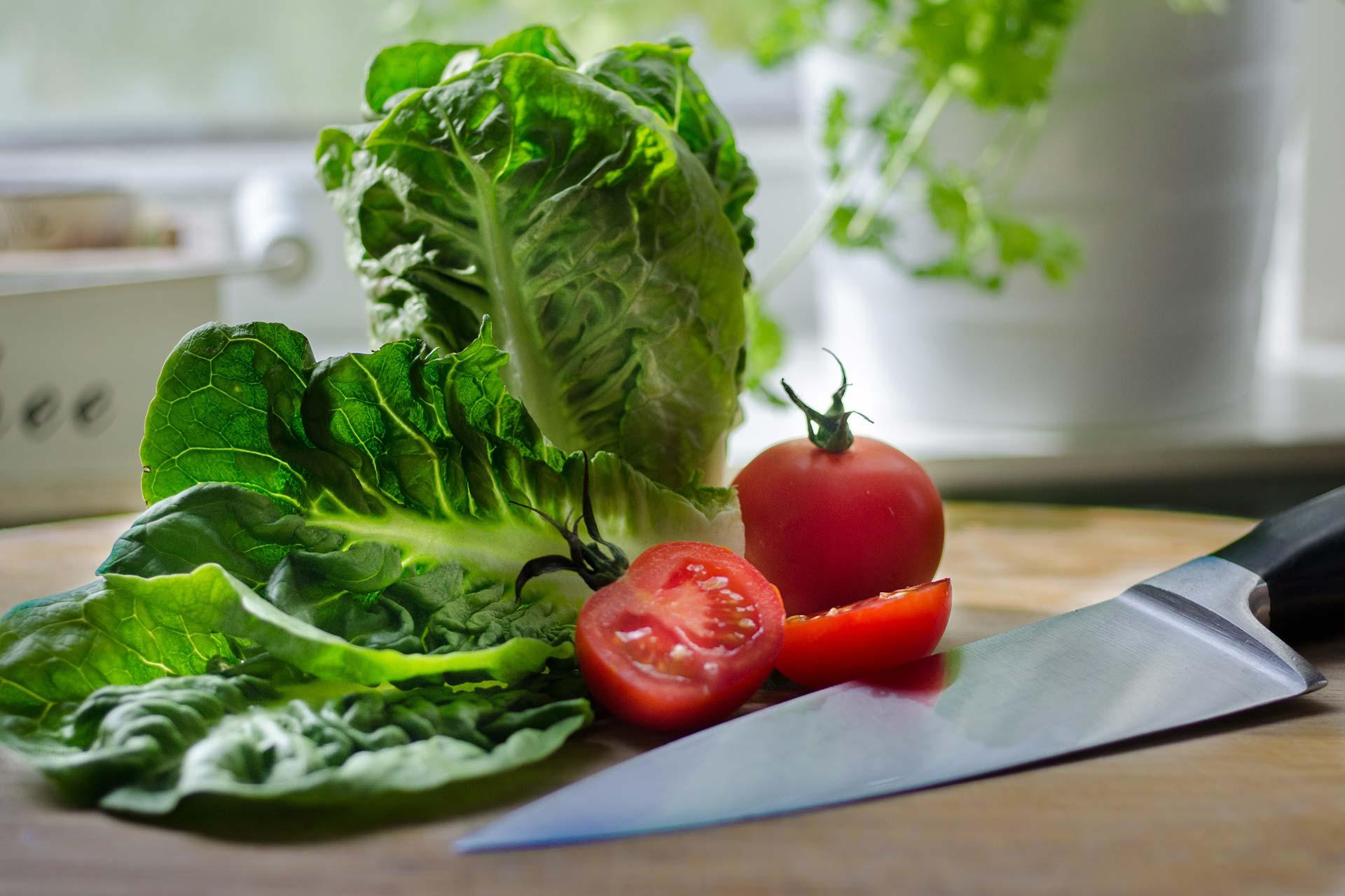 salad-682922.jpg