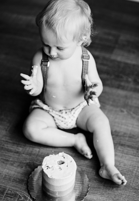 Baby Birthday Cake Photography
