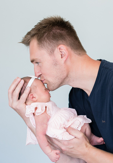Father and Newborn Daughter Pictures