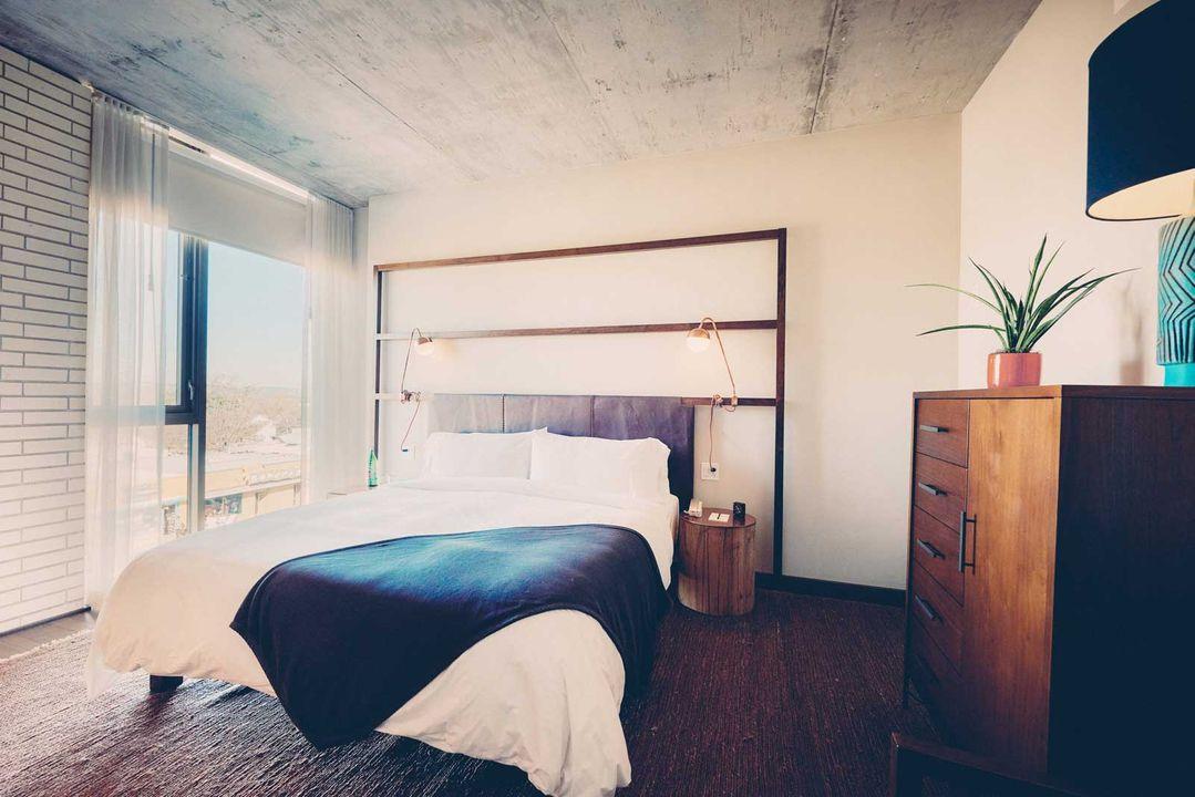 Milton Suite bedroom