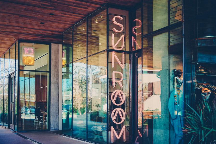 Sunroom shop sign