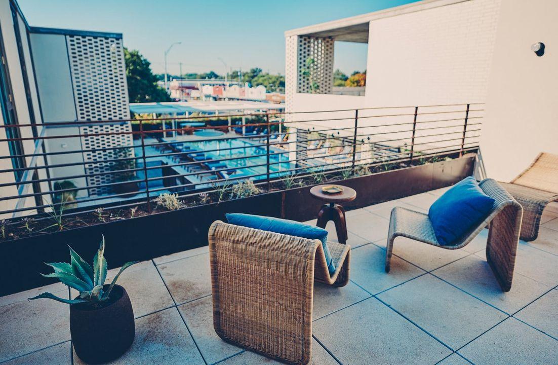 Monroe Suite balcony