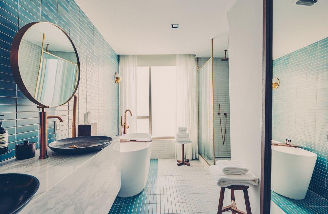 Milton Suite bathroom