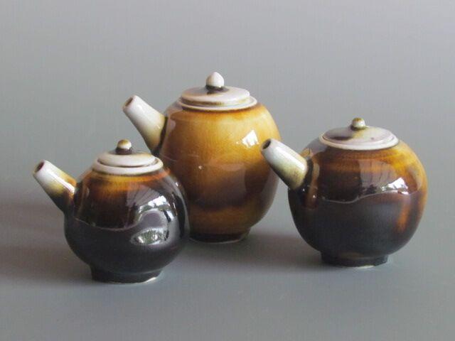 karen-hembree-soy-sauce-pitchers-soda-fire.jpg