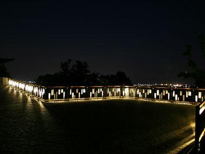 rail light 1.jpg