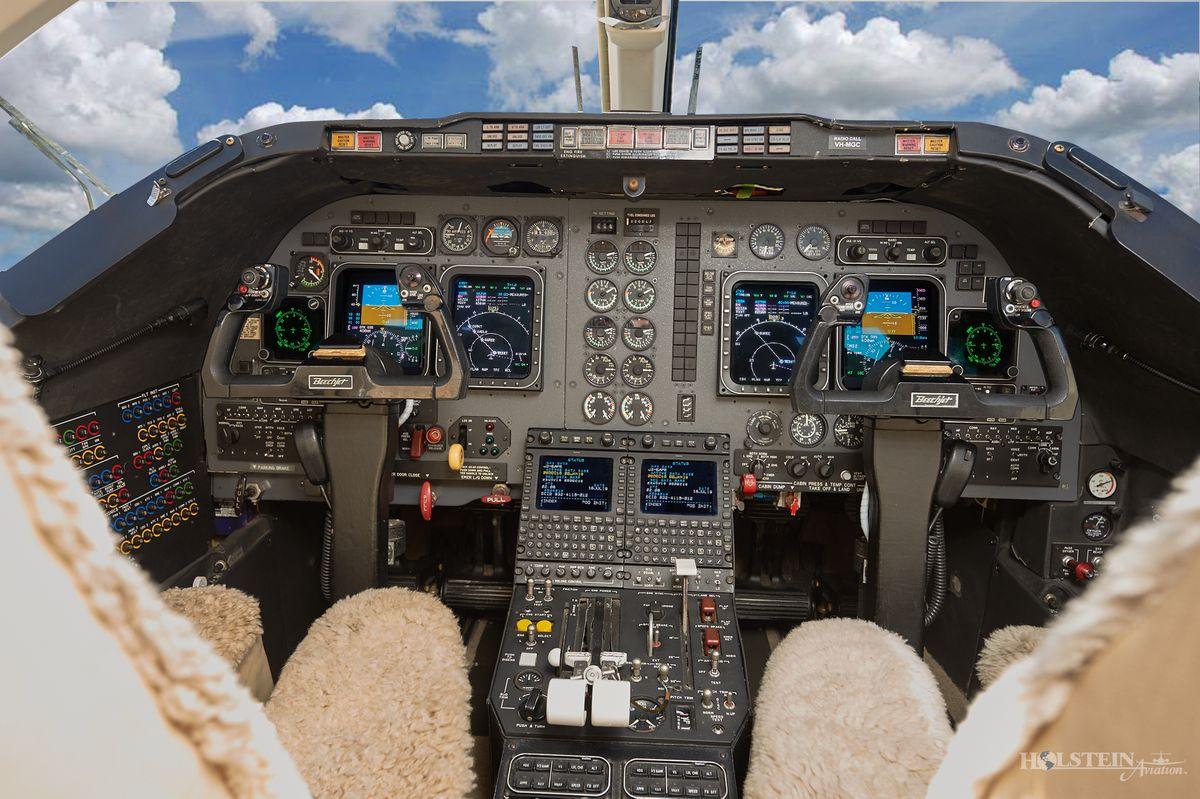 1995 Beechjet 400A - RK-97 - VH-MGC - Cockpit RGB.jpg