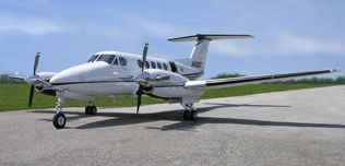 2006-Beech-King-Air-B200-N402CT-BB-1929-Ext-Left-Front-Qtr-View-WEB.jpg