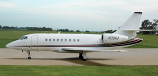 2000-Falcon-2000-115-N30AJ-Exterior-WEB.jpg