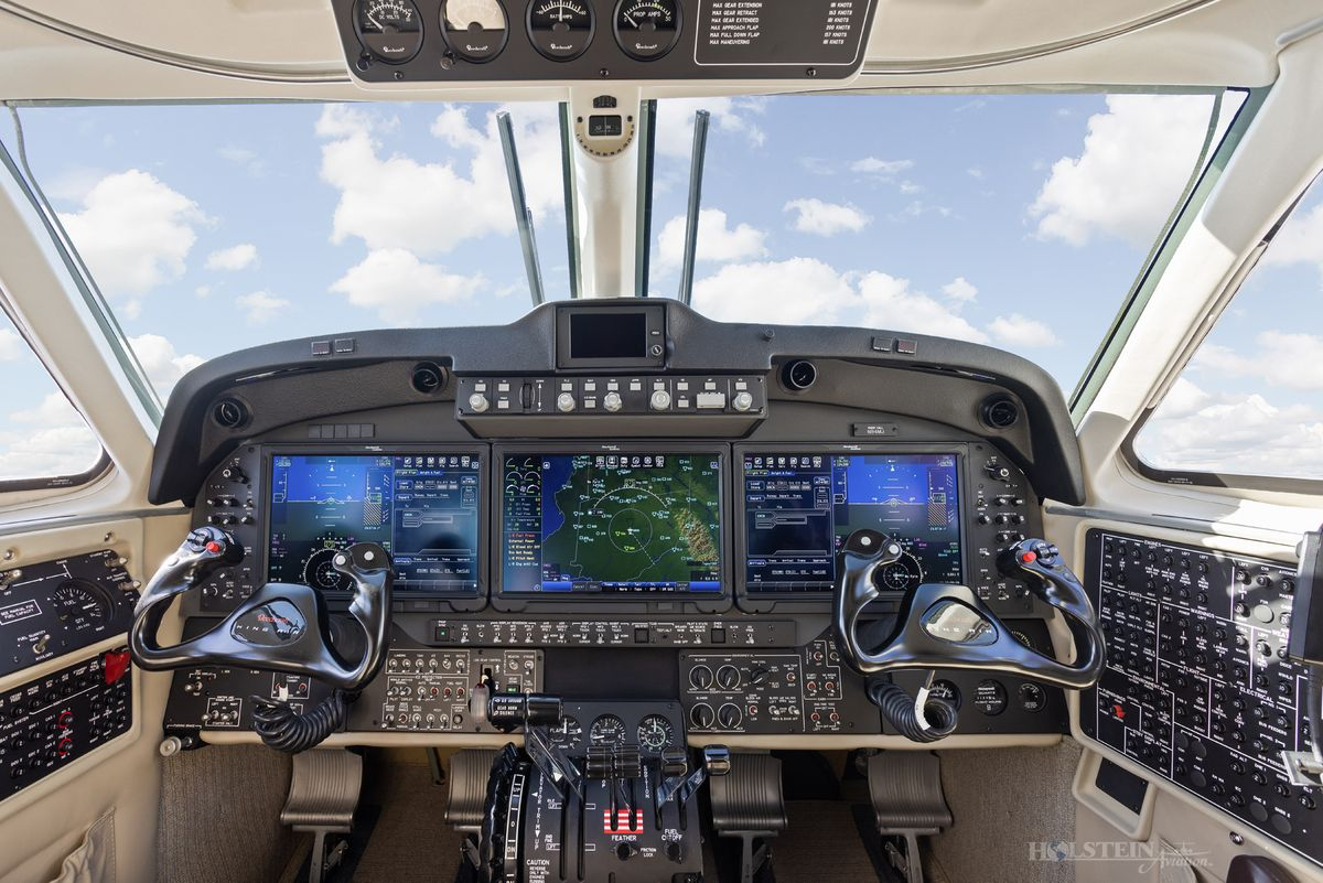 2018 King Air 250 - BY-342 - N94MJ - Cockpit RGB.jpg