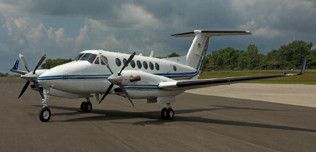 1999-Beech-King-Air-350-FL-233-N700PG-Ext-WEB.jpg