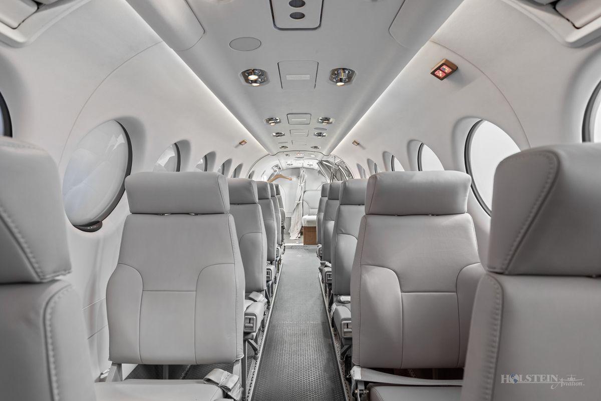 2018 King Air 350iER - FL-1157 - N1157F - Int - Fwd Fac Aft 3 RGB.jpg