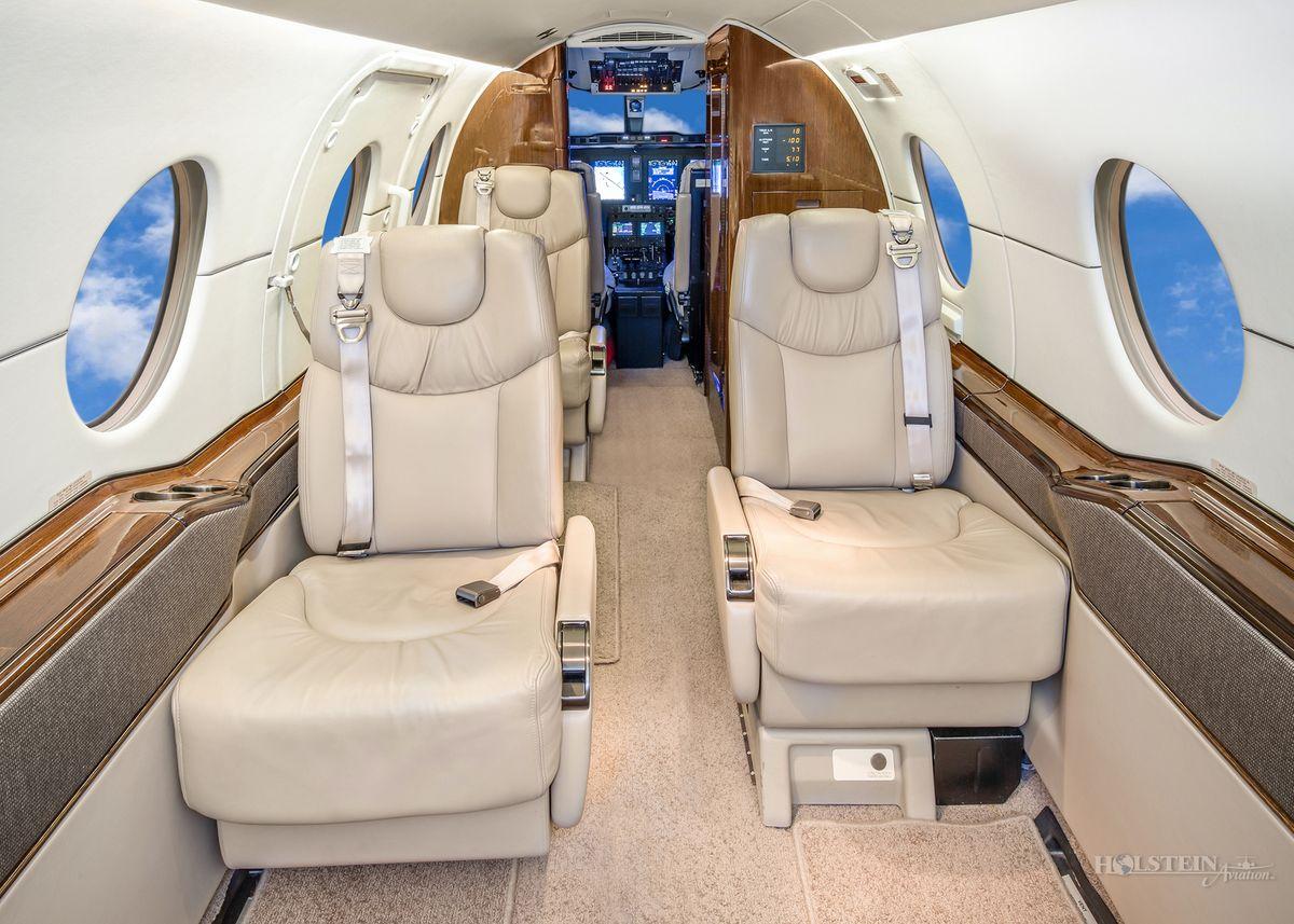 2002 Beechjet 400A - RK-339 - N404LR - Int - Fwd Cabin RGB.jpg