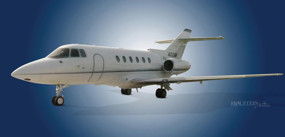 2004 Hawker 800XP, SN 258655, N22SM  - Ext RGB.jpg