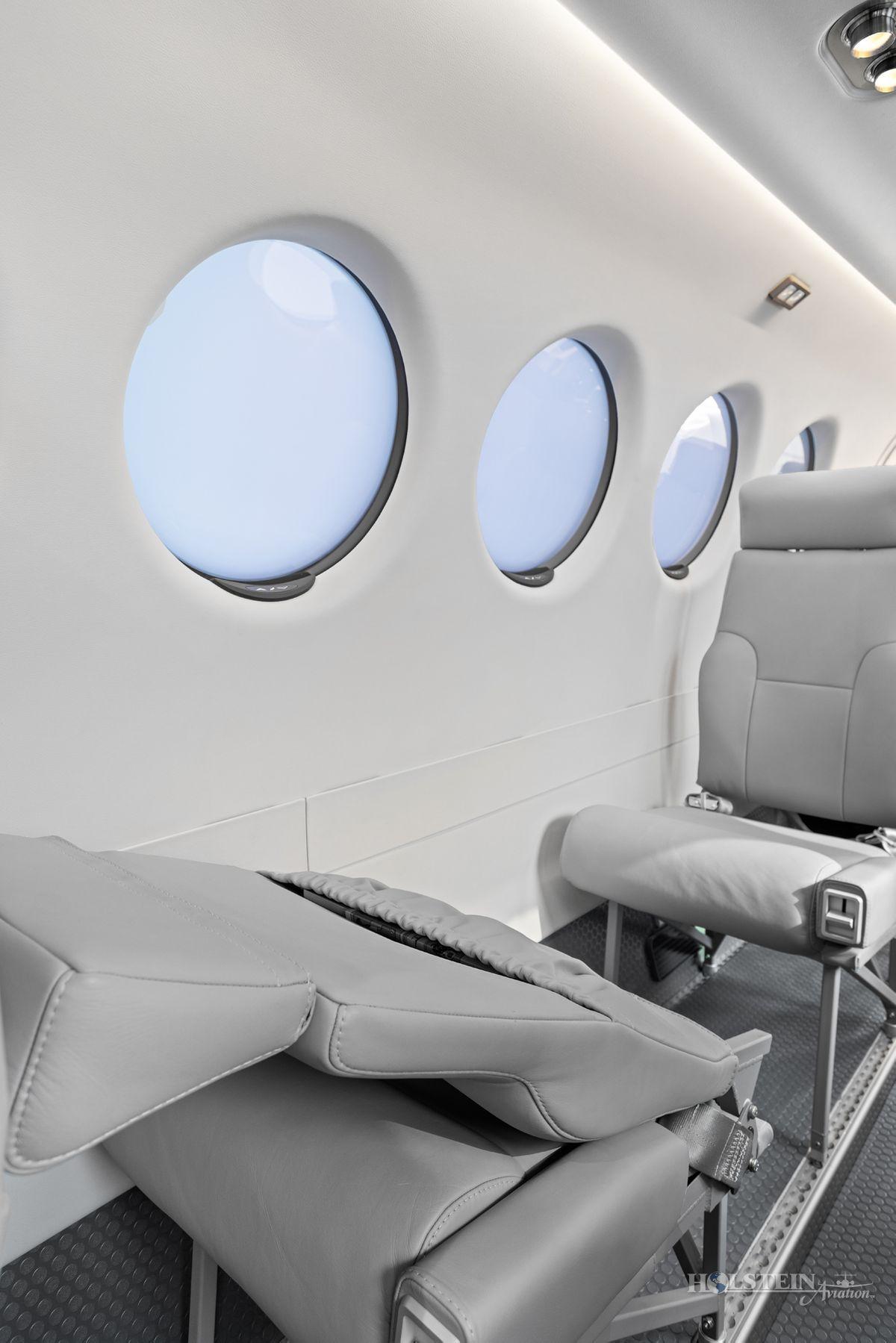 2018 King Air 350iER - FL-1157 - N1157F - Int - Seat Fold Down w-Armrest Down 3 RGB.jpg
