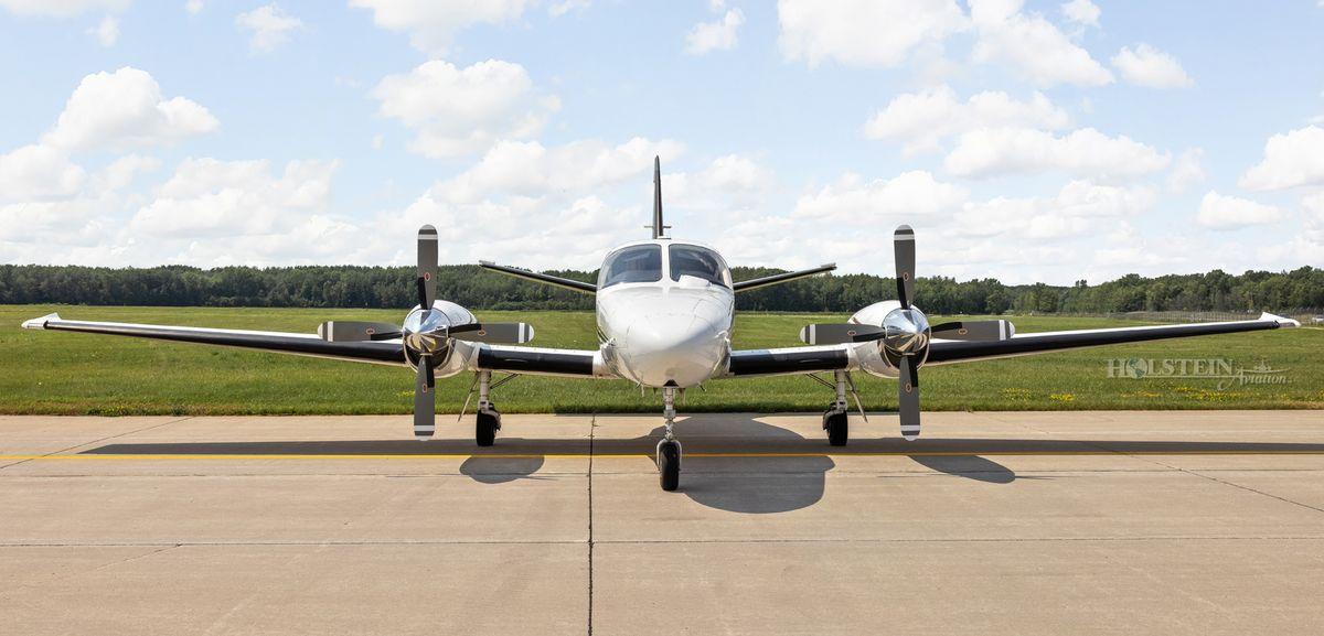 1978 Cessna Conquest II - 441-0012 - N369WK - Ext - Head-on RGB.jpg