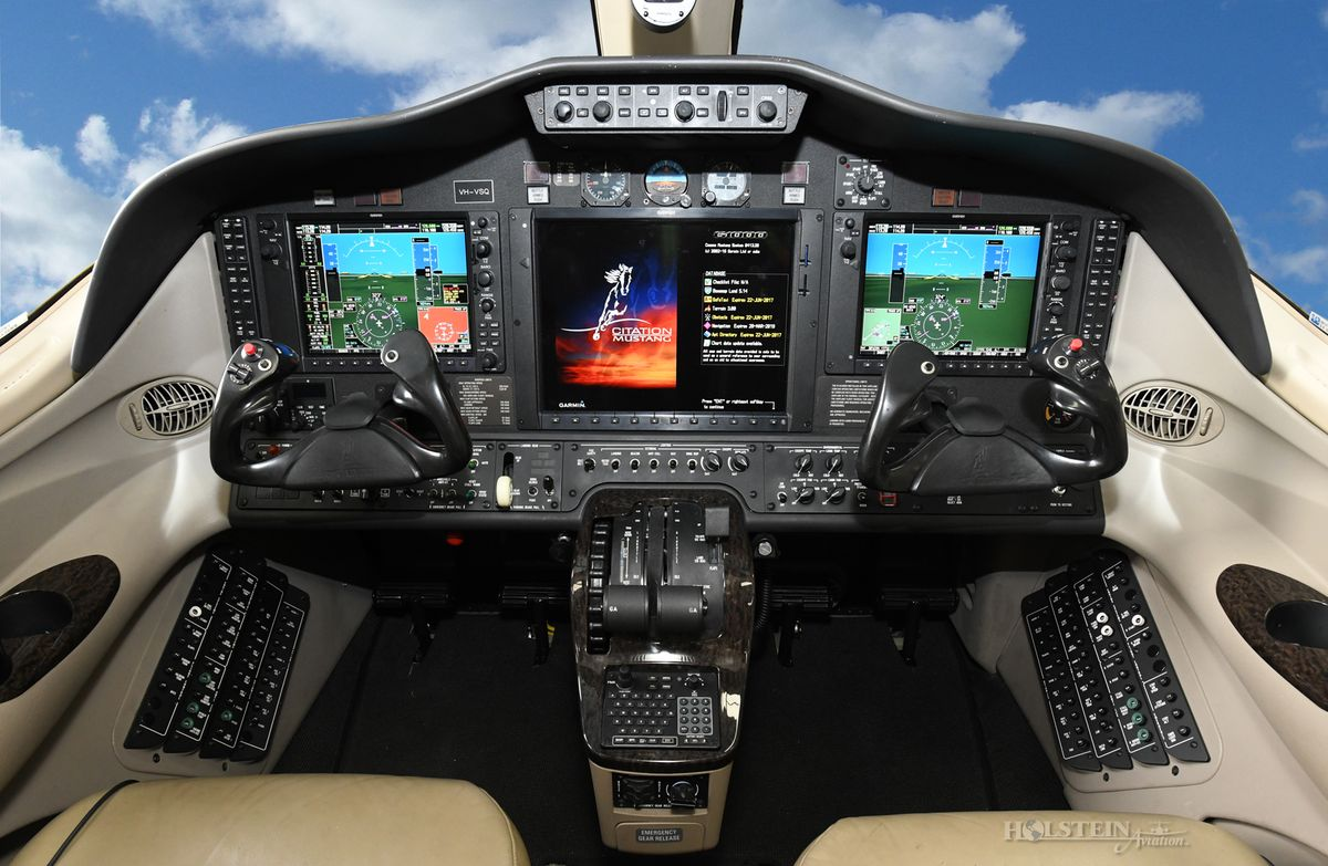 2010 Citation Mustang, 510-0358, VH-VSQ - Cockpit RGB.jpg