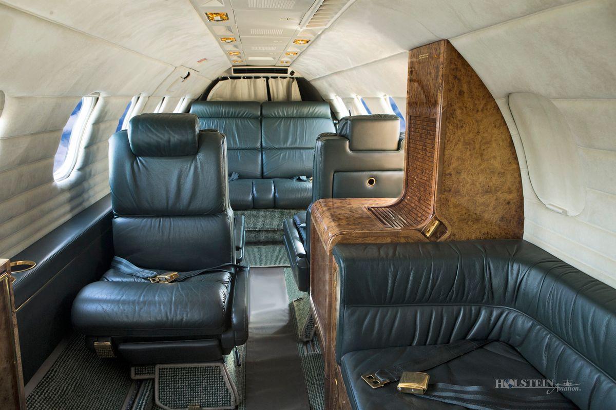 1987 Learjet 35A, SN630, N388PD - Int Fwd Fac Aft RGB.jpg