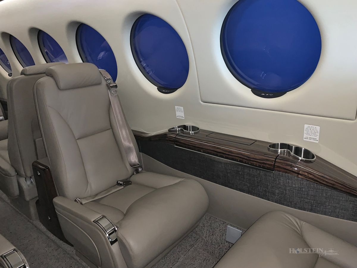 2017 King Air 350i - Off Market - Int - Cabin RGB.jpg