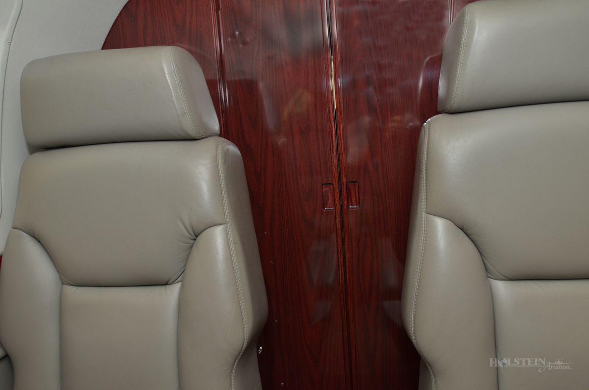 1998 King Air C90B - LJ-1531 - N150GW - Int - Doors RGB.jpg