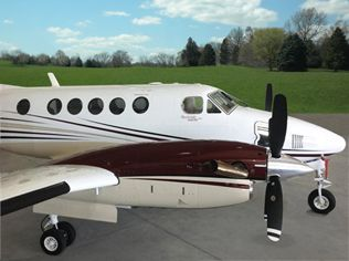 2001-Beech-King-Air-B200-BB-1738-N999TB-Ext-WEB.jpg