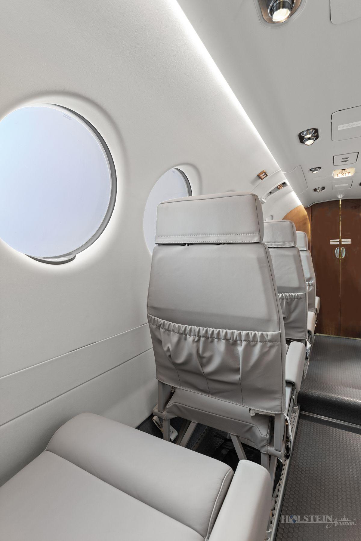 2018 King Air 350iER - FL-1157 - N1157F - Int - Seat Fold Down 3 RGB.jpg