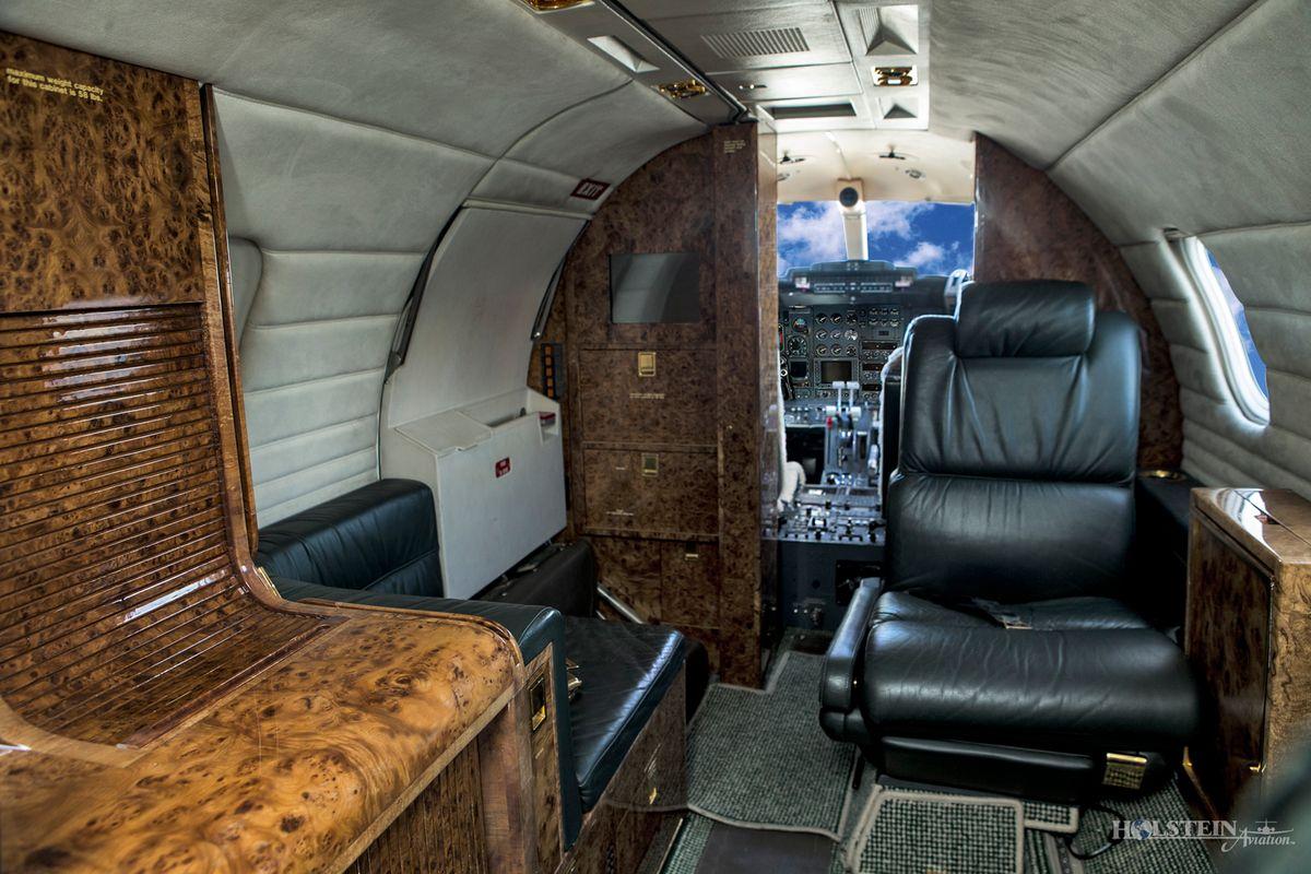 1987 Learjet 35A, SN630, N388PD - Int Aft Fac Fwd RGB.jpg