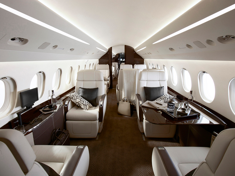 (LEASING) Falcon2000LX interior.jpg