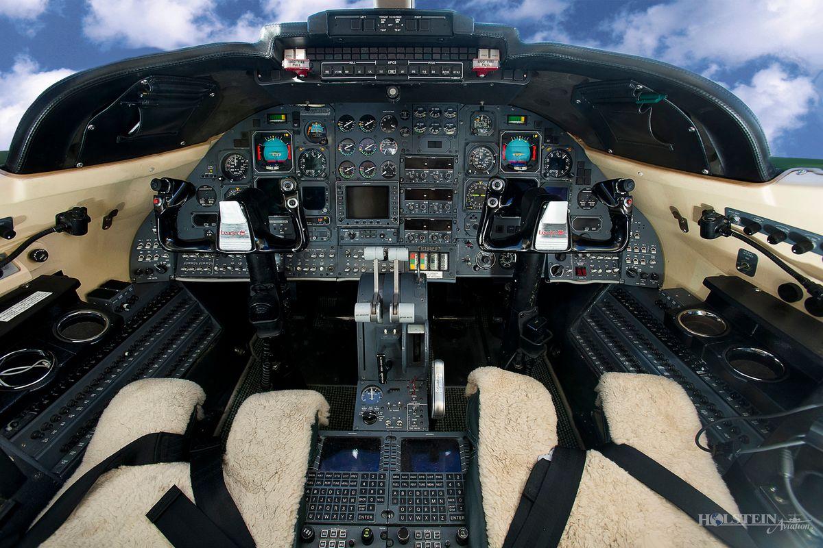 1987 Learjet 35A, SN630, N388PD - Cockpit RGB.jpg
