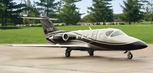 2010-Hawker-400XP-RK-600-N31ST-Ext-Rt-Side-View-WEB.jpg
