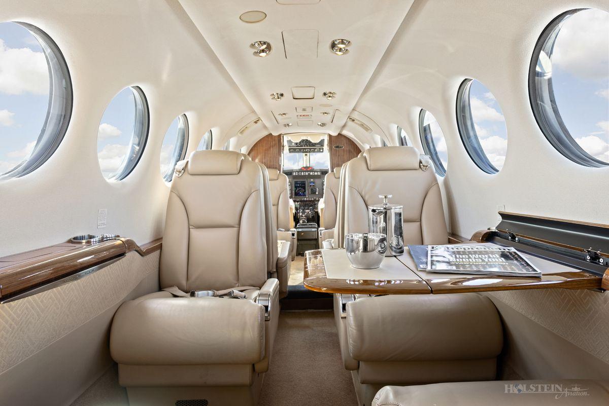 2012 King Air 350i - FL-822 -  N935JC - Int - Aft Fac Fwd w-Door Open-Tbl Ext RGB.jpg