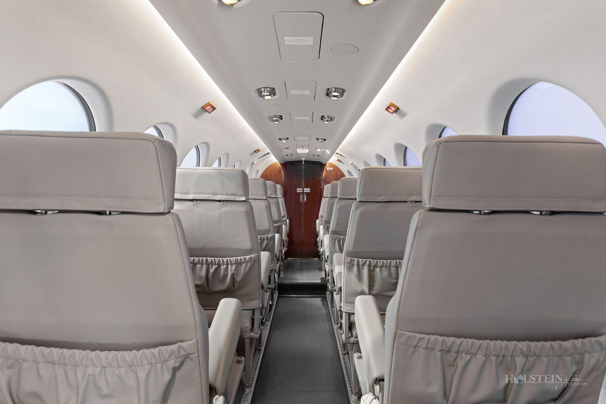 2018 King Air 350iER - FL-1157 - N1157F - Int - Aft Fac Fwd 3 RGB.jpg