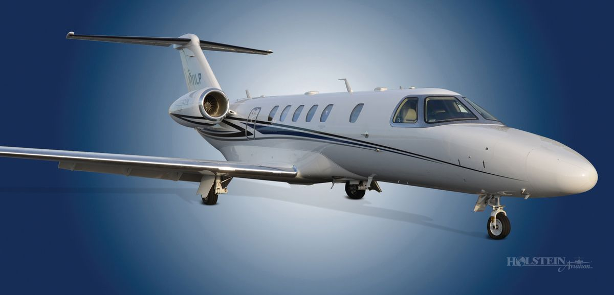 2014 Cessna Citation CJ4 - 525C-0152 - N111LP - Ext - RS Front View RGB 2.jpg