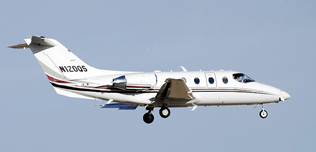 2005-Hawker-400XP-RK-409-N120QS-In-Flight-Web1.jpg