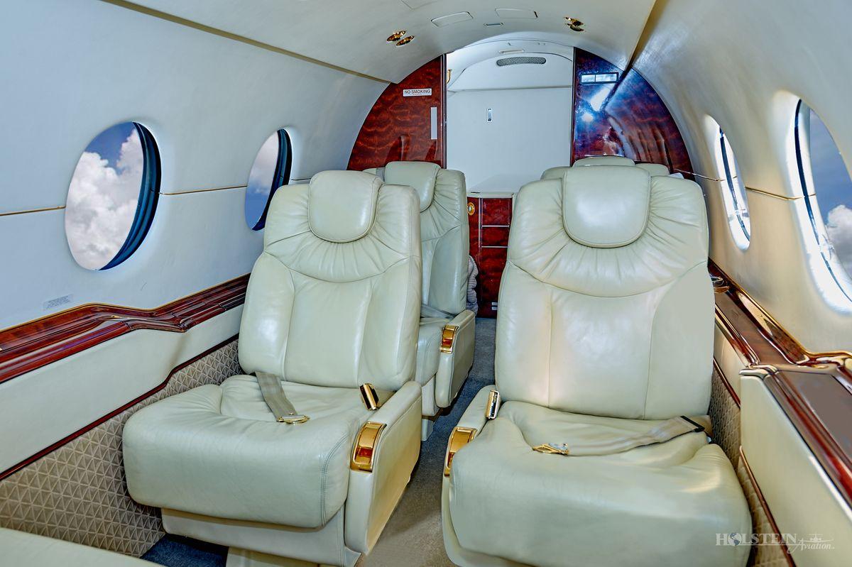 1995 Beechjet 400A - RK-97 - VH-MGC - Int - Main Cabin RGB.jpg