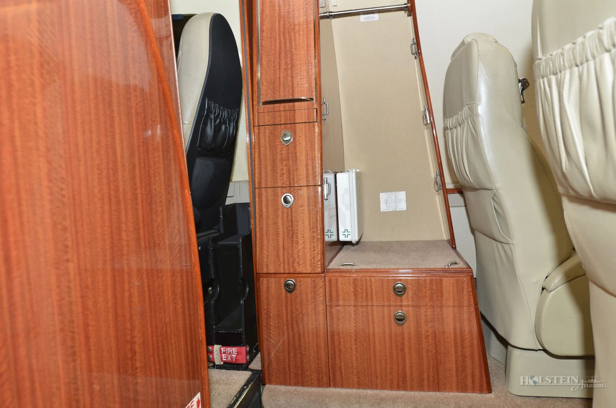 2009 Premier lA - RB-269 - N858Q - Int - Baggage Cabinet RGB.jpg