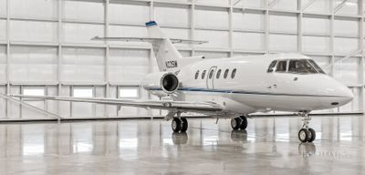 2004 Hawker 800XP - 258655 - N22SM - Ext - RS Front View RGB.jpg
