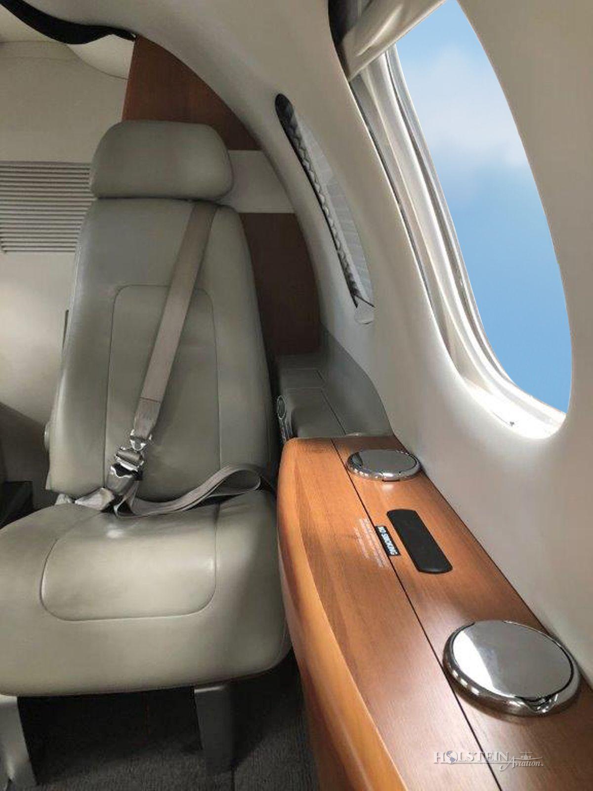 2011 Embraer Phenom 100 - SN 50000237 - VH-FJP - Int - Seat CU RGB.jpg