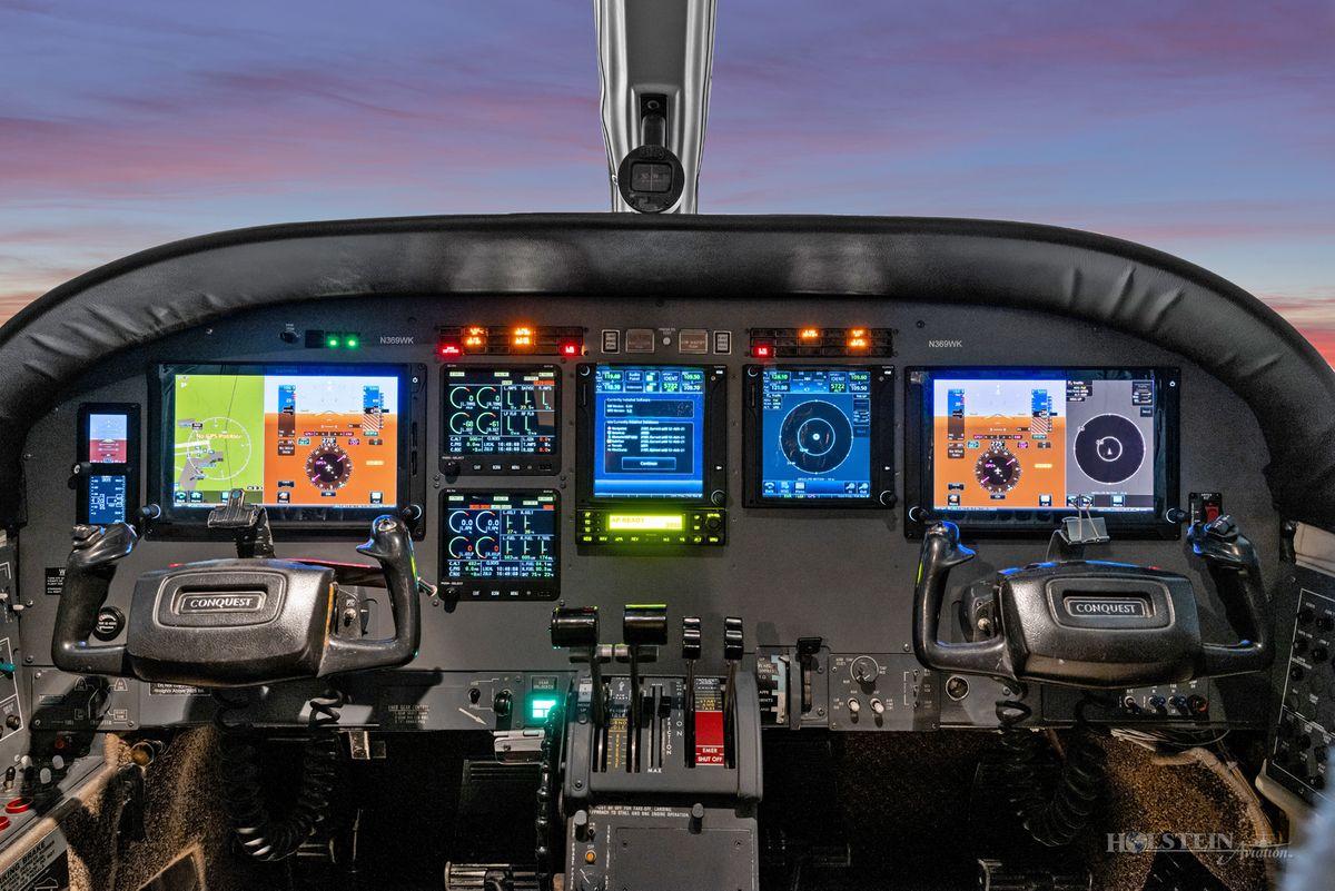 1978 Cessna Conquest II - 441-0012 - N369WK - Cockpit2 RGB.jpg