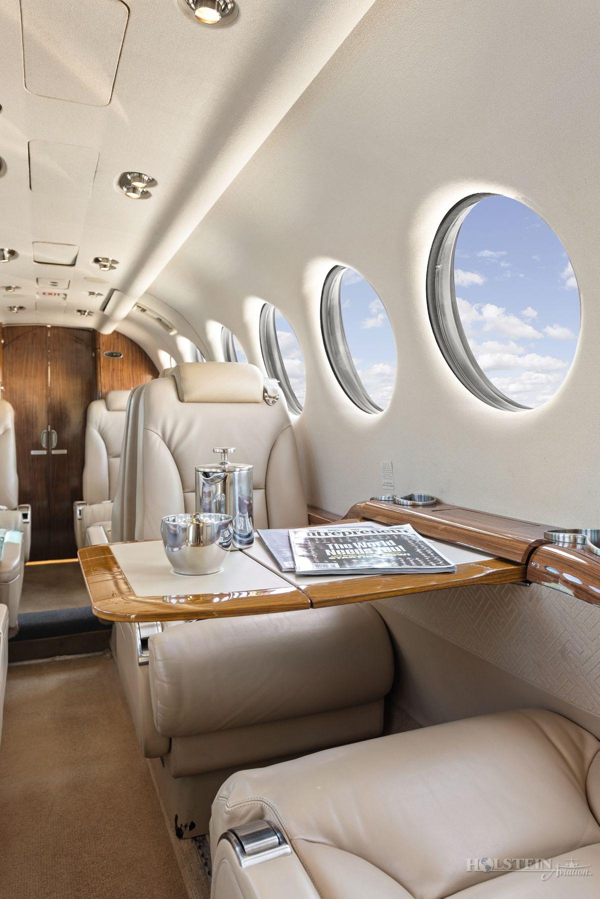 2012 King Air 350i - FL-822 -  N935JC - Int - Seat CU w-tbl ext RGB.jpg