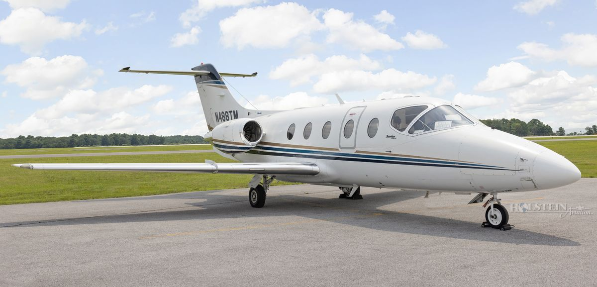 2008 Hawker 400XP - RK-556 - N488TM - Ext - RS Front View-w RGB.jpg