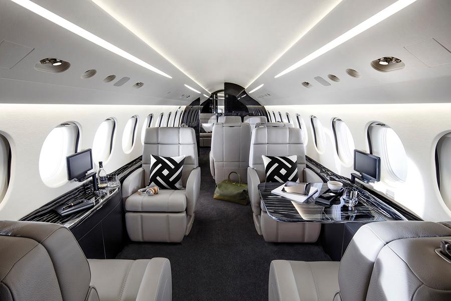 (BROKERAGE SELL YOUR AIRCRAFT) Falcon 8X interior 1.jpg