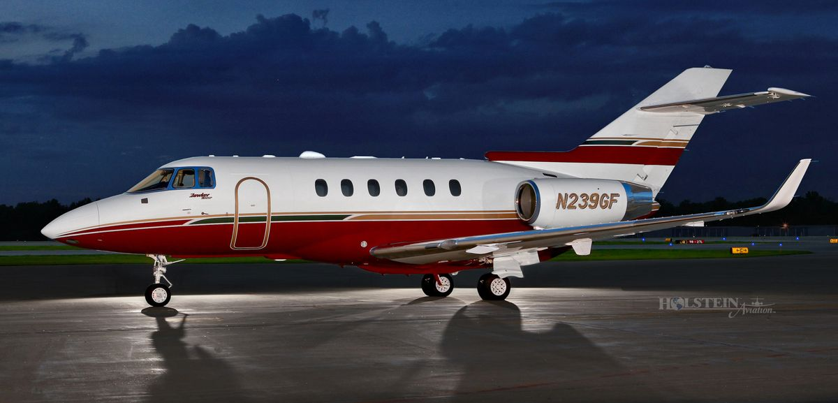 2011 Hawker 900XP - SN HA-175 - N239GF - Ext - LS View RGB.jpg