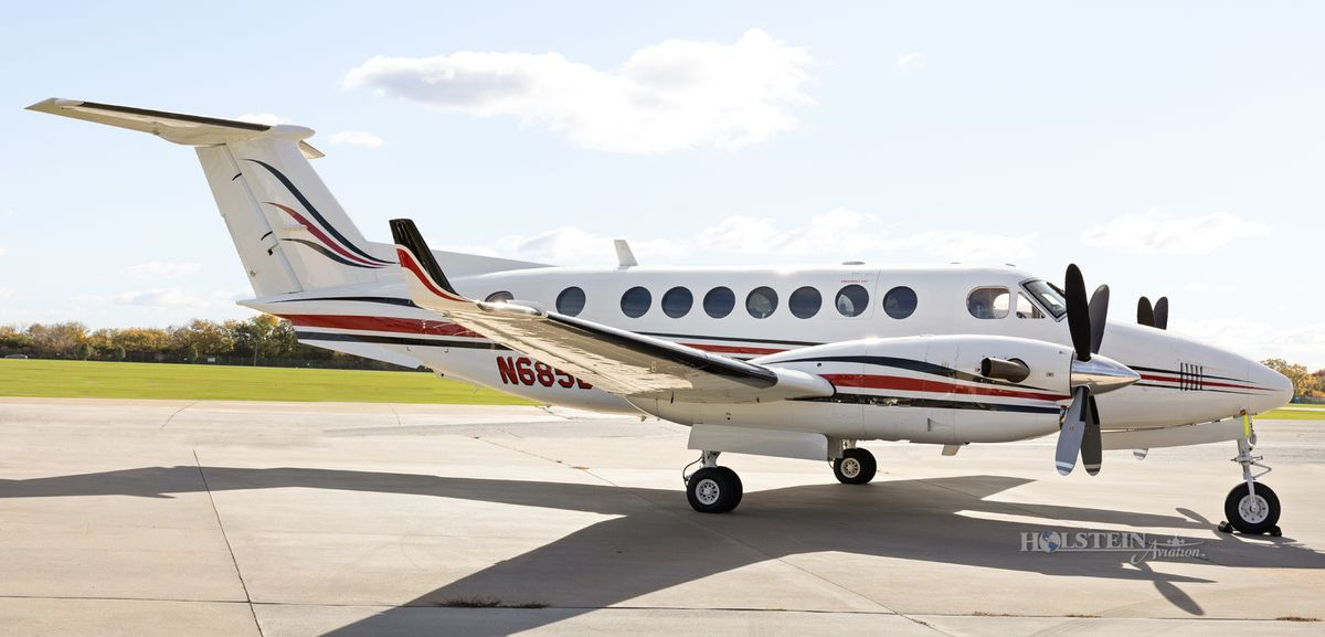 2002 King Air 350 - FL-355 - N685BC - Ext - RS View RGB.jpg