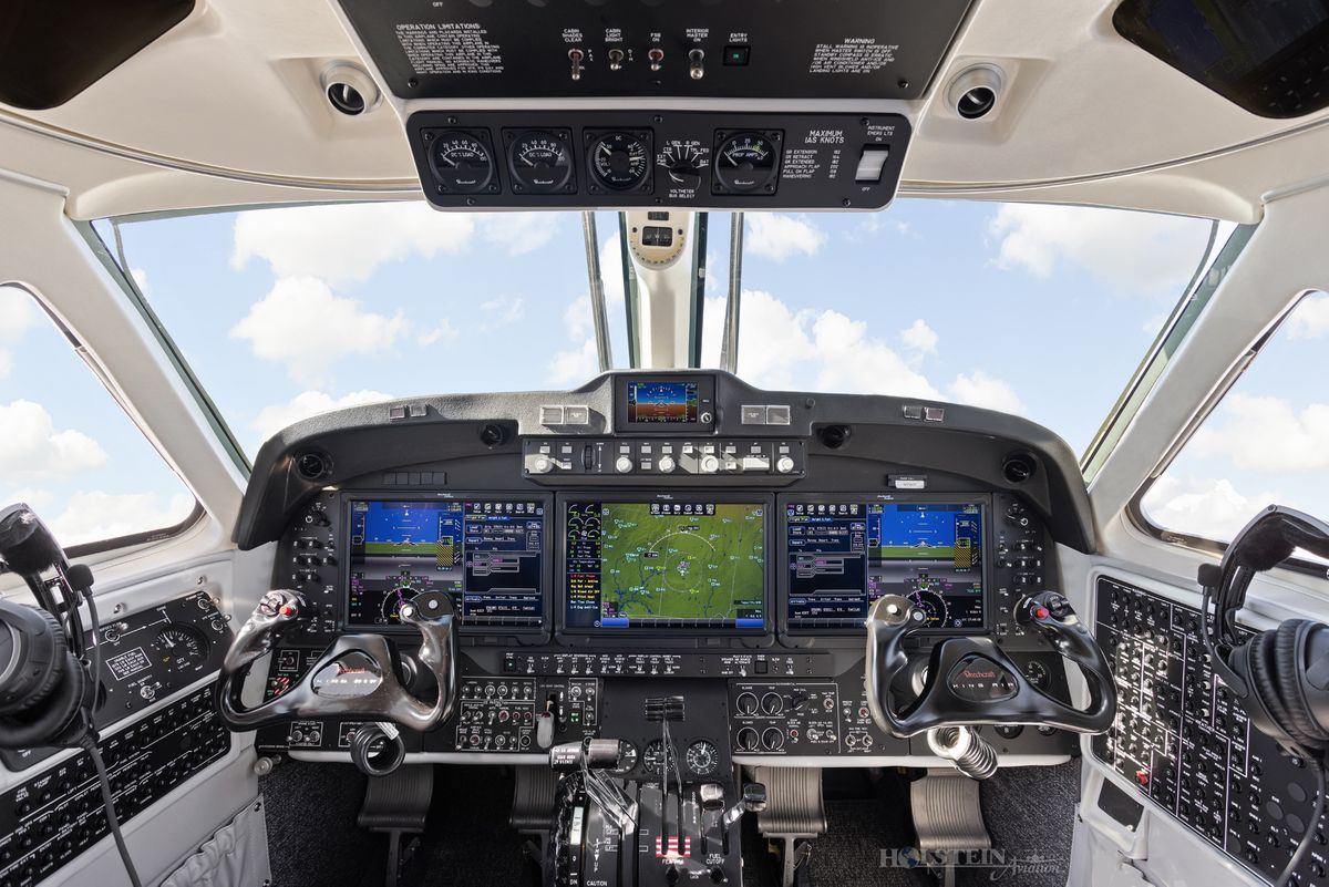 2018 King Air 350iER - FL-1157 - N1157F - Cockpit 3 RGB.jpg