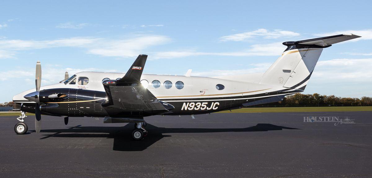 2012 King Air 350i - FL-822 -  N935JC - Ext - LS View RGB.jpg