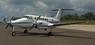 1999-Beech-King-Air-350-FL-233-N700PG-Ext-WEB.jpg