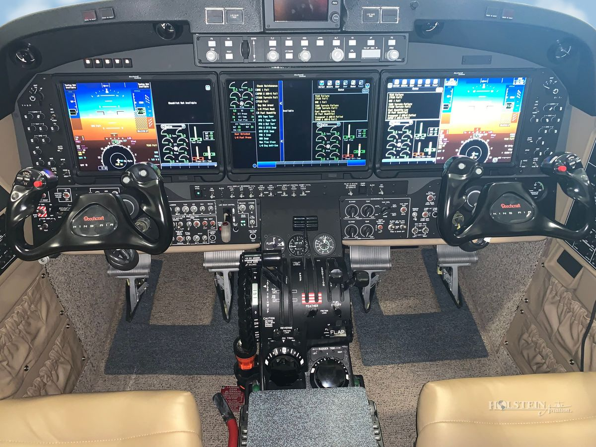2017 King Air 350i - Off Market - Cockpit RGB.jpg