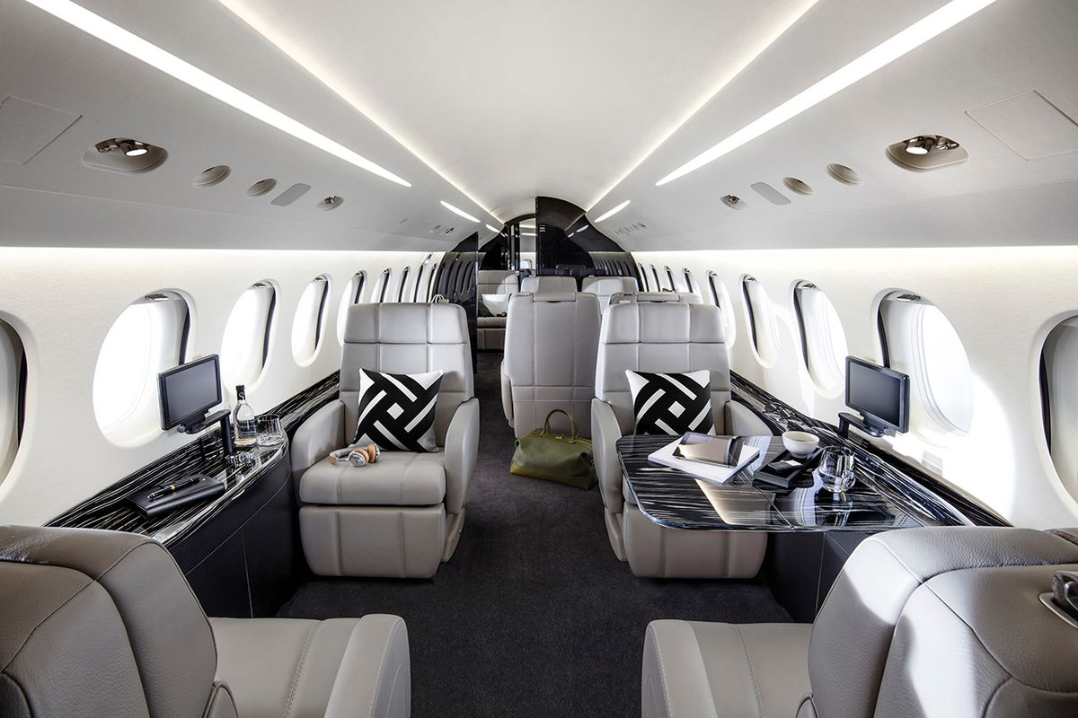 Buy Airplanes from the Best Air Craft Brokers | Holstein