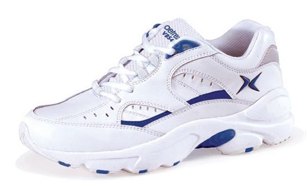 diabetic shoes.png